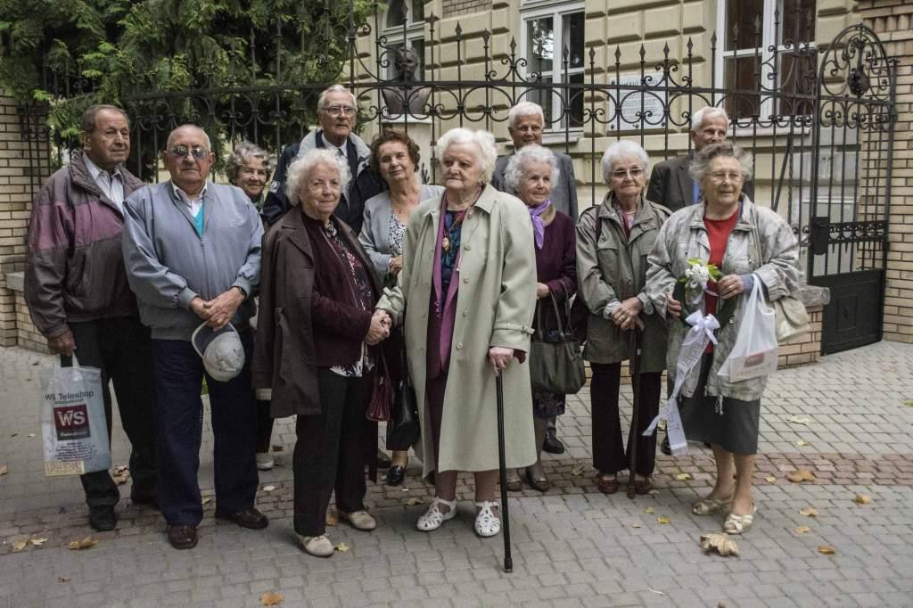 65 éve érettségiztek