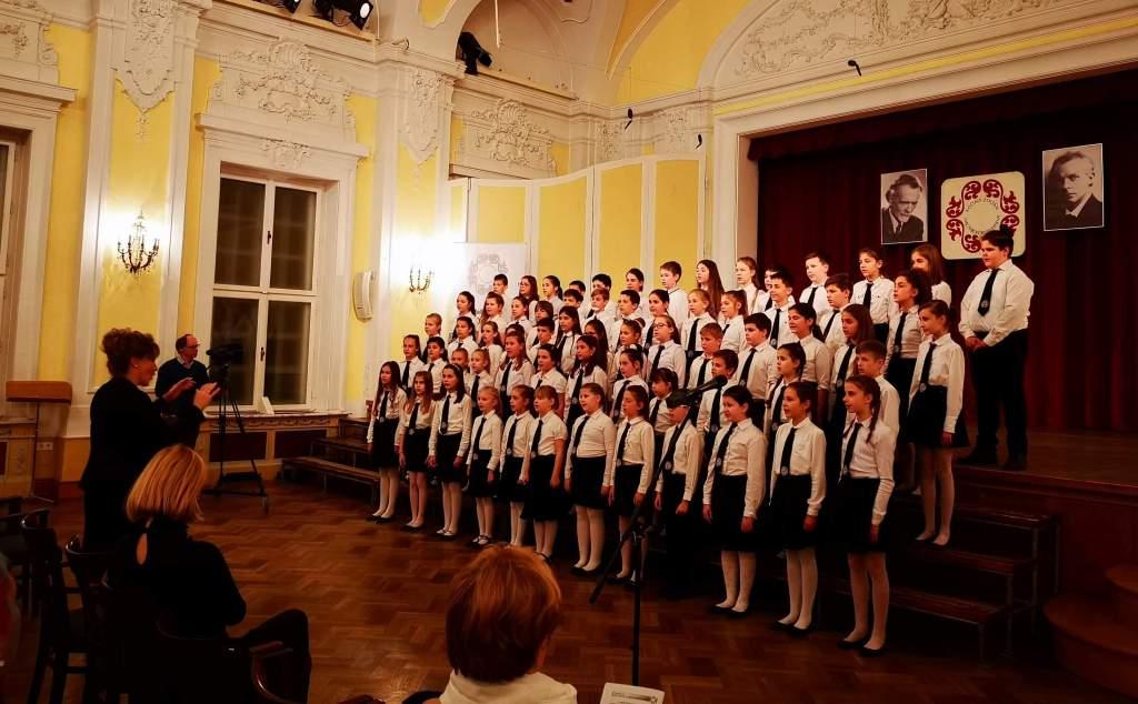 Ezüst diploma a Kodály Zoltán Magyar Kórusversenyen