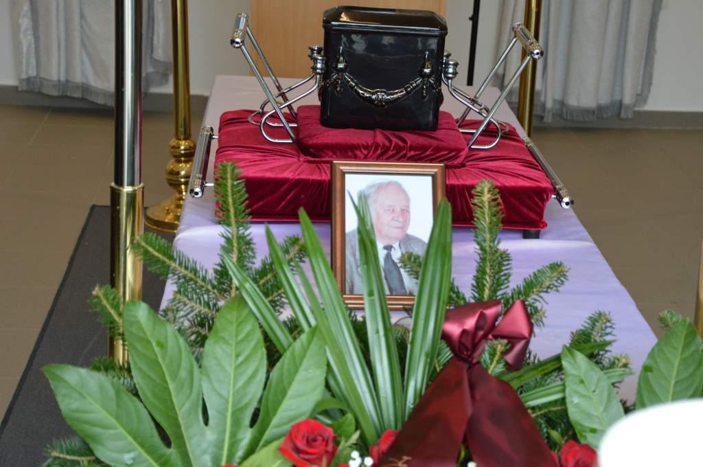 Családtagjai, barátai, kollégái, tanítványai búcsúztatták Némedi Lászlót