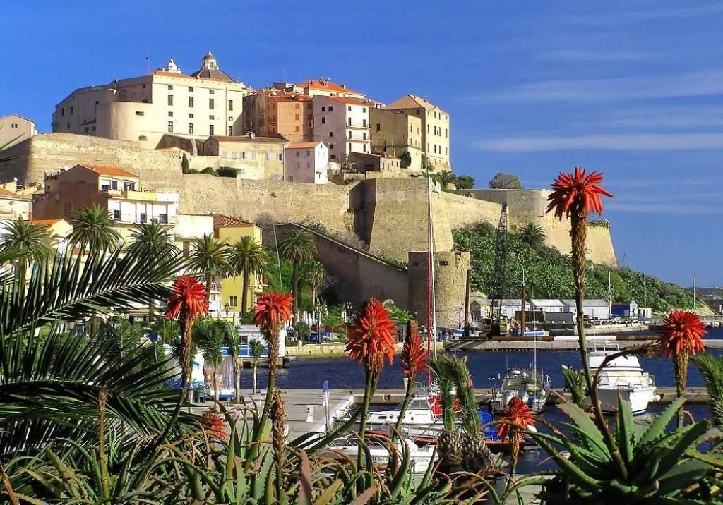 Korzika és Szardínia