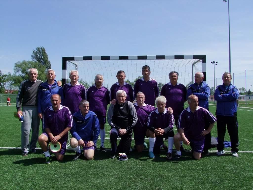 Országos döntőben a kecskeméti veterán focisták