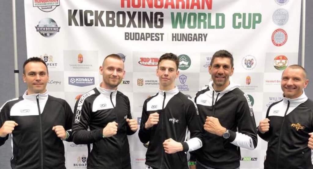 Junior aranyérmes Provics Gergő