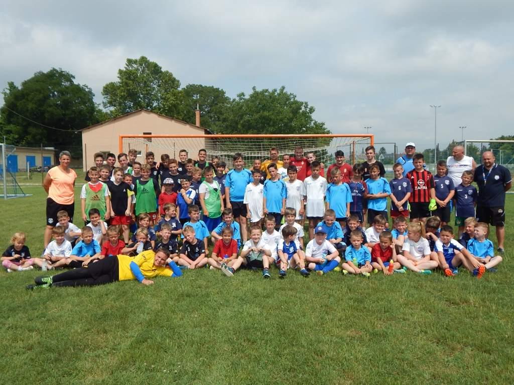 Nyári labdarúgó tábort tartott az FTSI