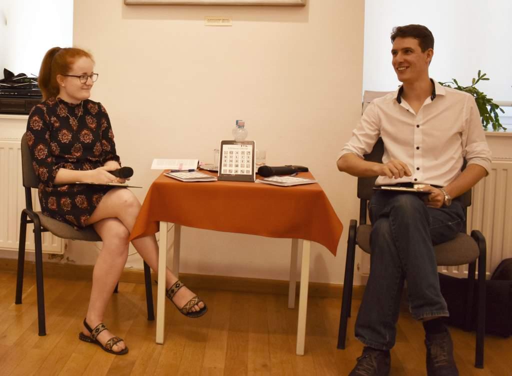 Fiatal félegyházi szerző bemutatkozása a városi könyvtárban