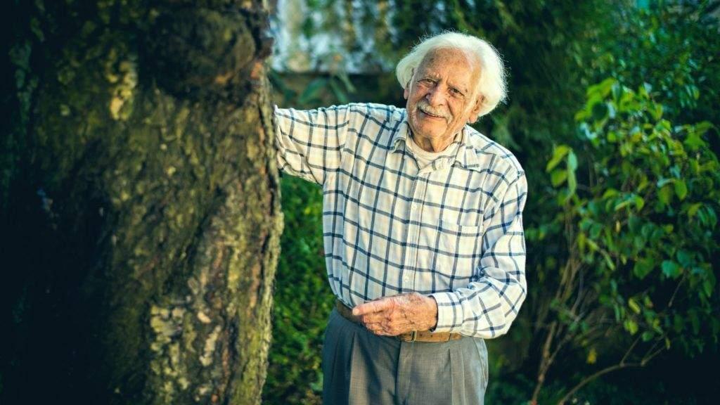 A hosszú élet titkáról mesél a 100 éves Bálint gazda
