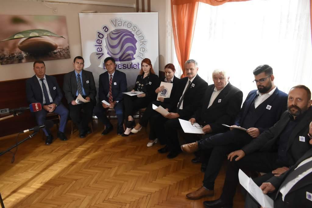 Bemutatkoztak az új választási egyesület képviselő-jelöltjei - videóval