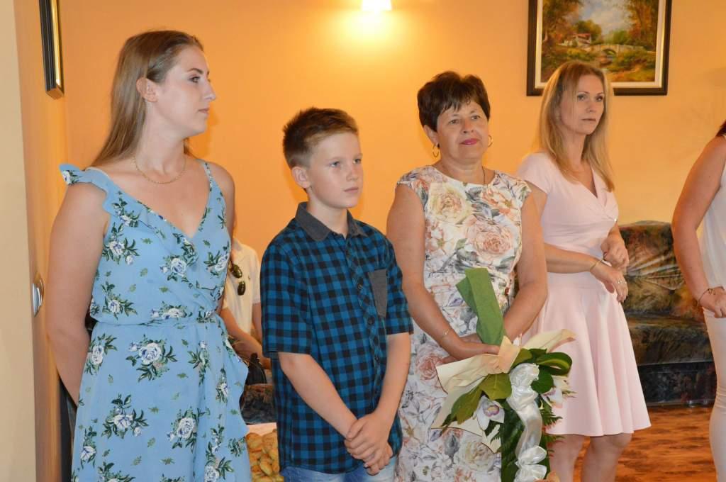 Népes család és a városvezetés is köszöntötte a 95 éves szépkorút