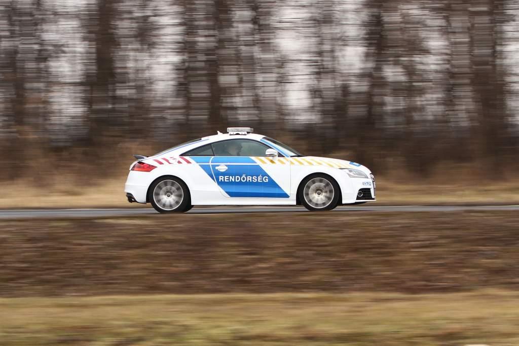 Kecskeméttől Fülöpjakabig üldöztek egy Suzukit a rendőrök