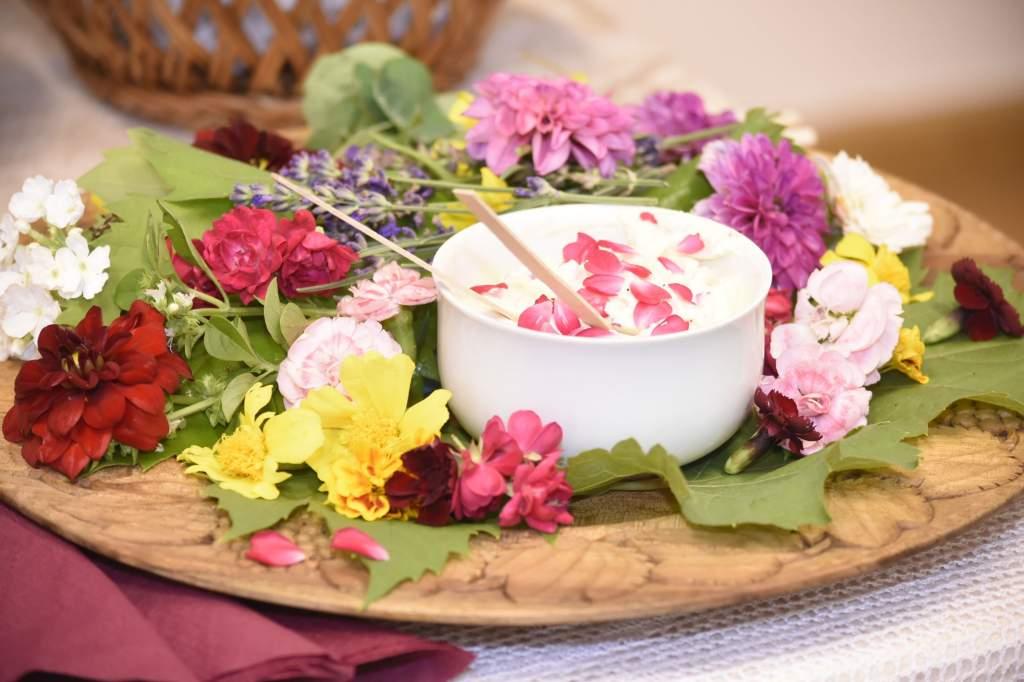 Virágkonyha Halmos Mónikával