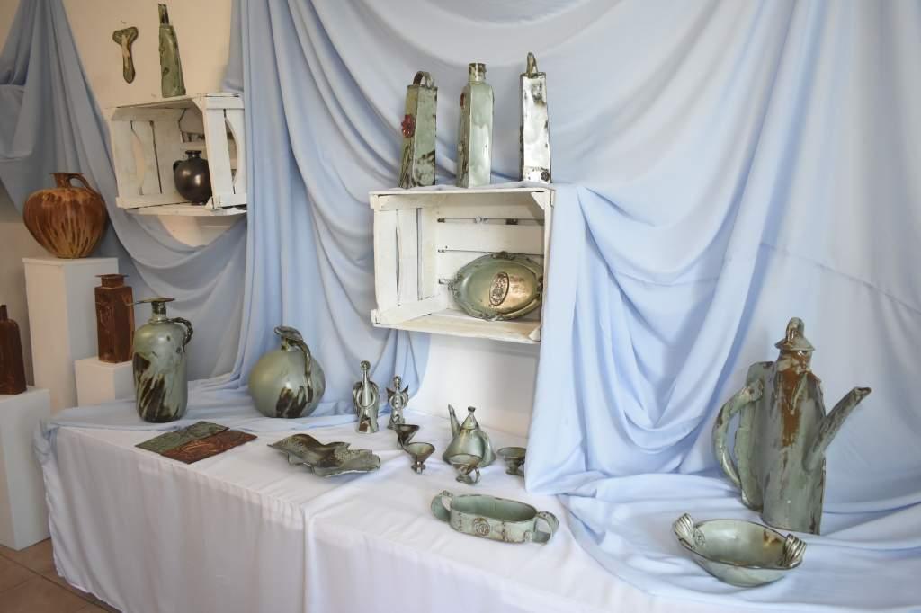 Megnyílt Papp Gáspár keramikus kiállítása