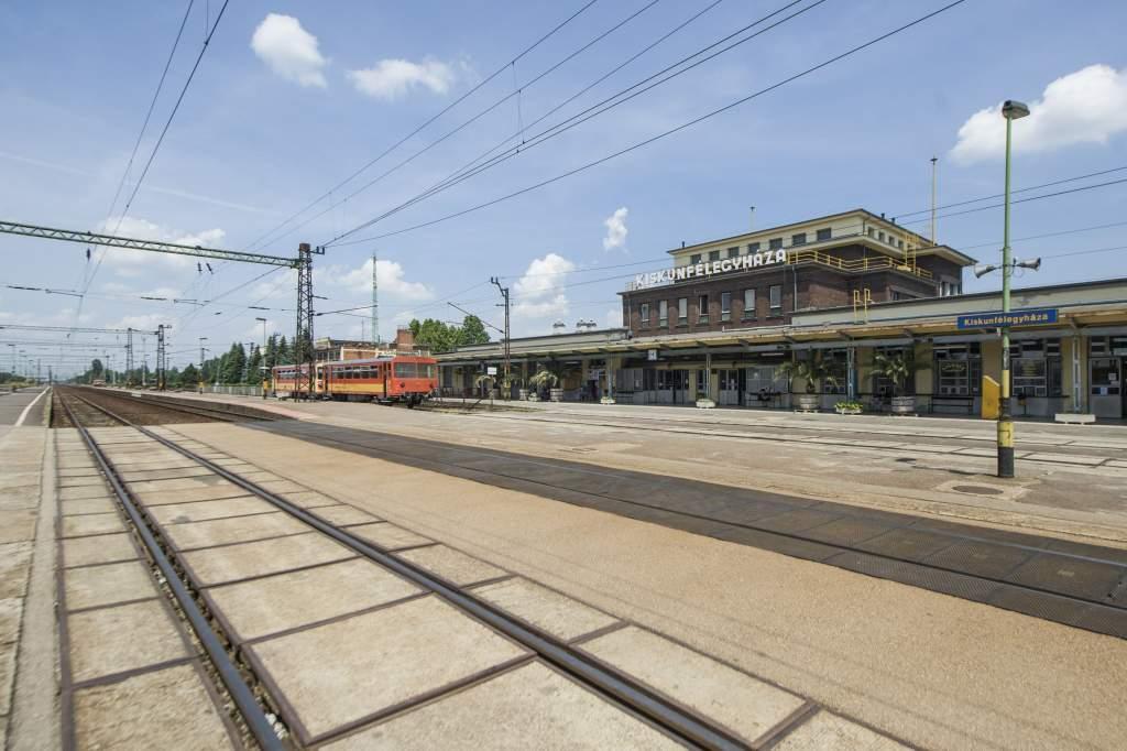 Megújul a félegyházi vasútállomás