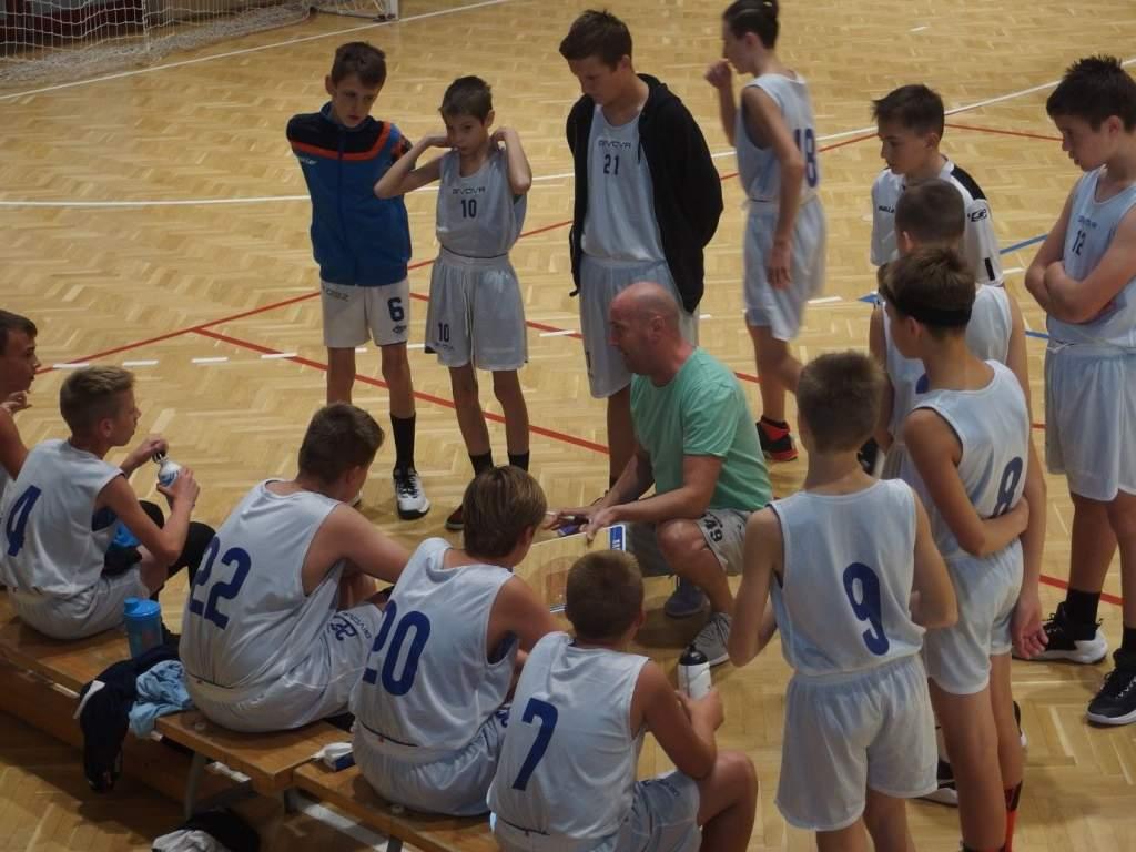 Elkezdődött az U14-es fiú serdülő kosárbajnokság