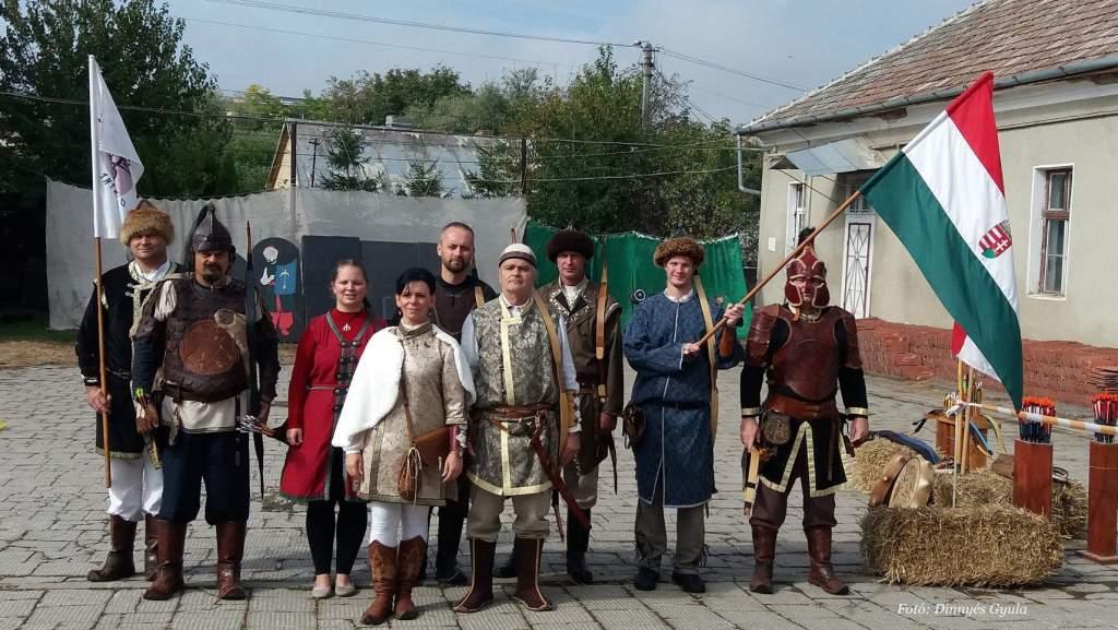 Tordán képviselték a várost, és Csévharaszton versenyeztek a Turul Koppányok