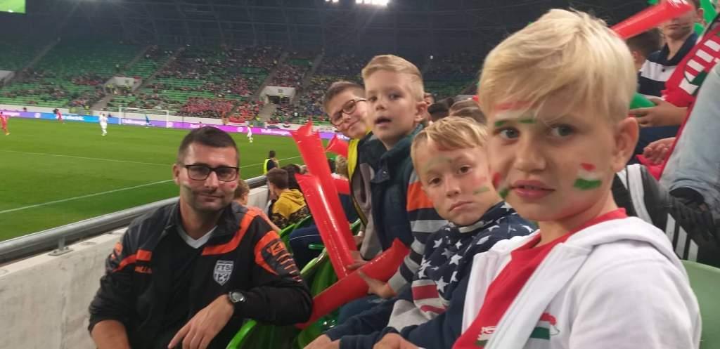 Félegyházi gyerekek is kiszurkolták a magyar válogatott győzelmét