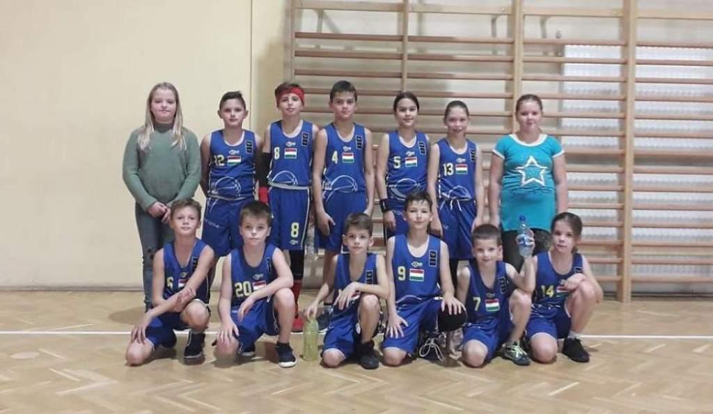 Elkezdődtek az U11-es kosárlabda-küzdelmek