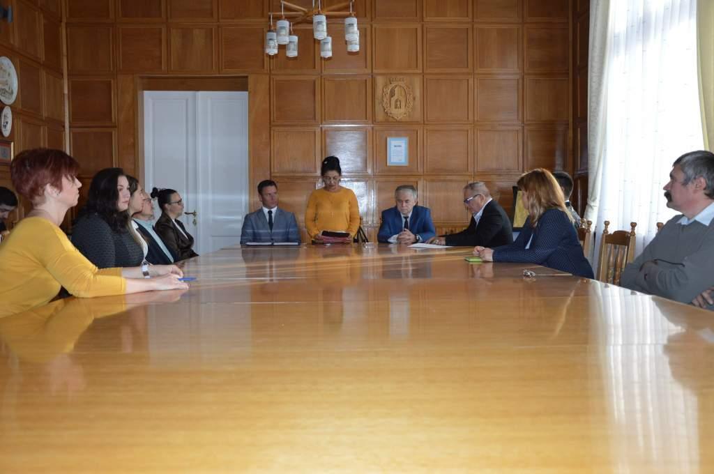 Régi-új elnök a roma kisebbségi önkormányzat élén