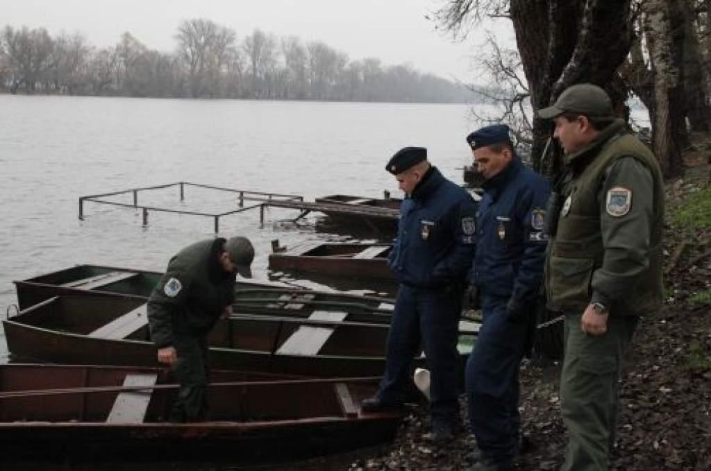 Előadás halászati őröknek