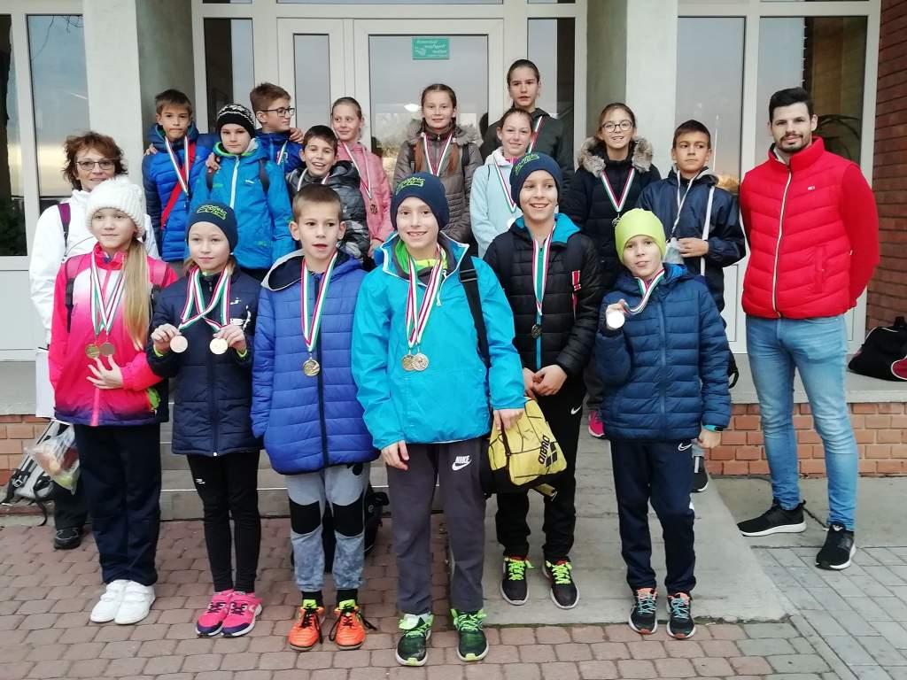 Remek eredmények a Sport XXI. Mezei futóversenyen