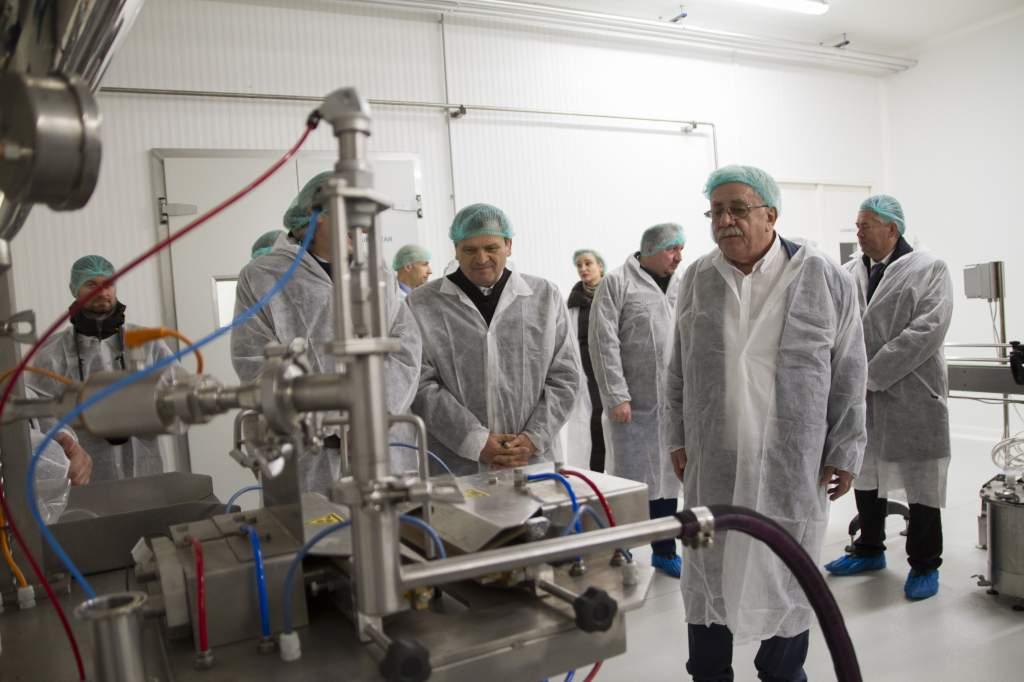 Megkezdte a termelést a petőfiszállási tejfeldolgozó üzem - videóval