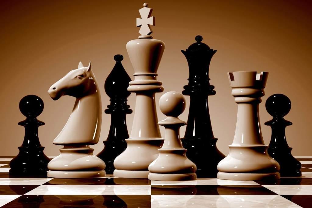 Feljebb léptek a sakkozók