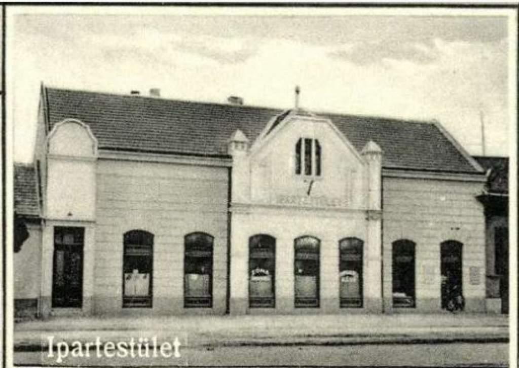 Titkok a levéltárból – 90 éve épült fel az Ipartestület székháza