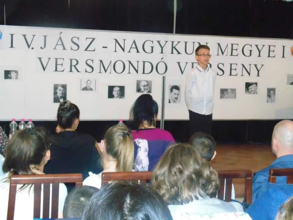 V. Jász-Nagykun megyei versmondó verseny