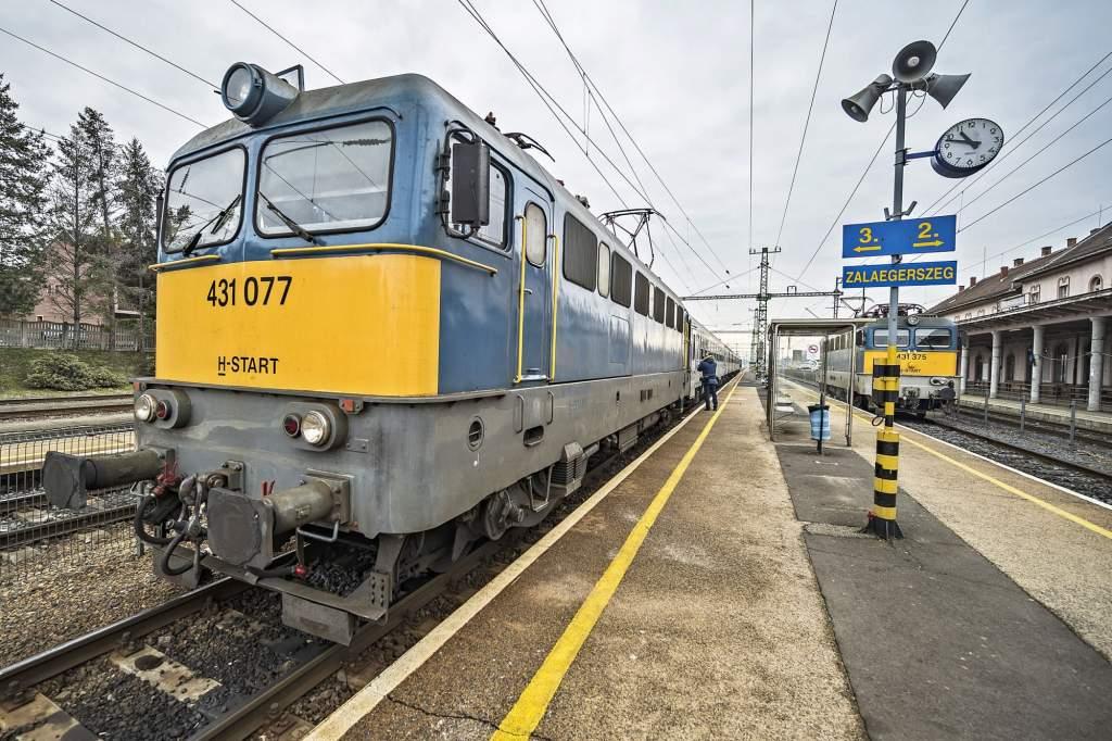 Fertőtlenítik a belföldi vonatokat
