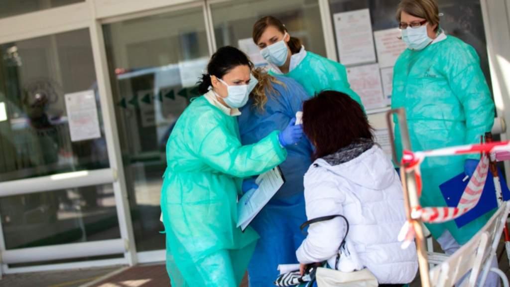 Orbán: kórházparancsnokokat vezényelnek ki