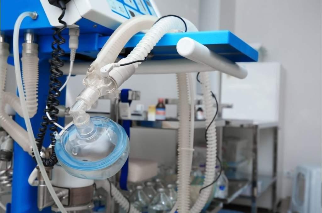 Új lélegeztetőgépet fejlesztenek az Óbudai Egyetemen