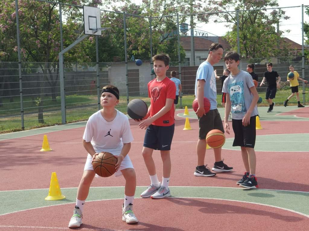 Az FTSI minden korosztályos kosárlabdacsapata elkezdte az edzéseket
