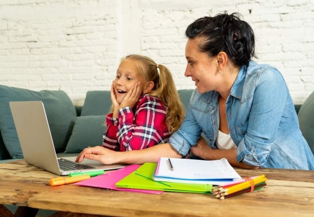 Egyensúly a digitális és a hagyományos oktatás között