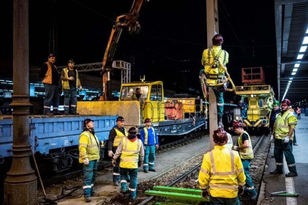 Karbantartás a Cegléd-Szeged vasútvonalon