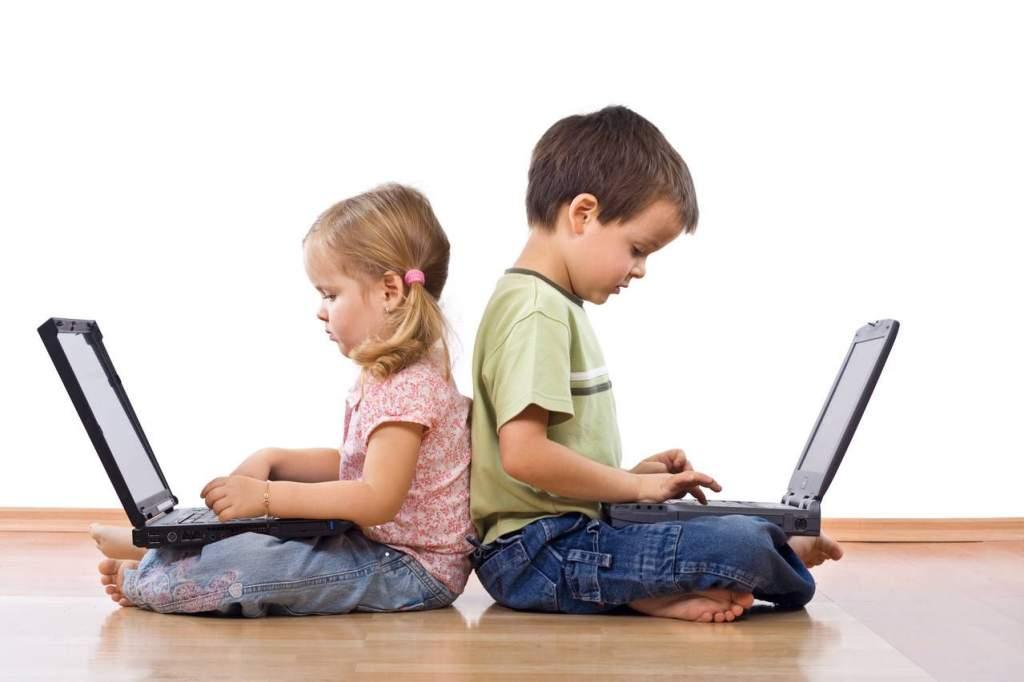 Online is ugyanolyan intenzív közösségi életet éltünk, mint a járvány előtt