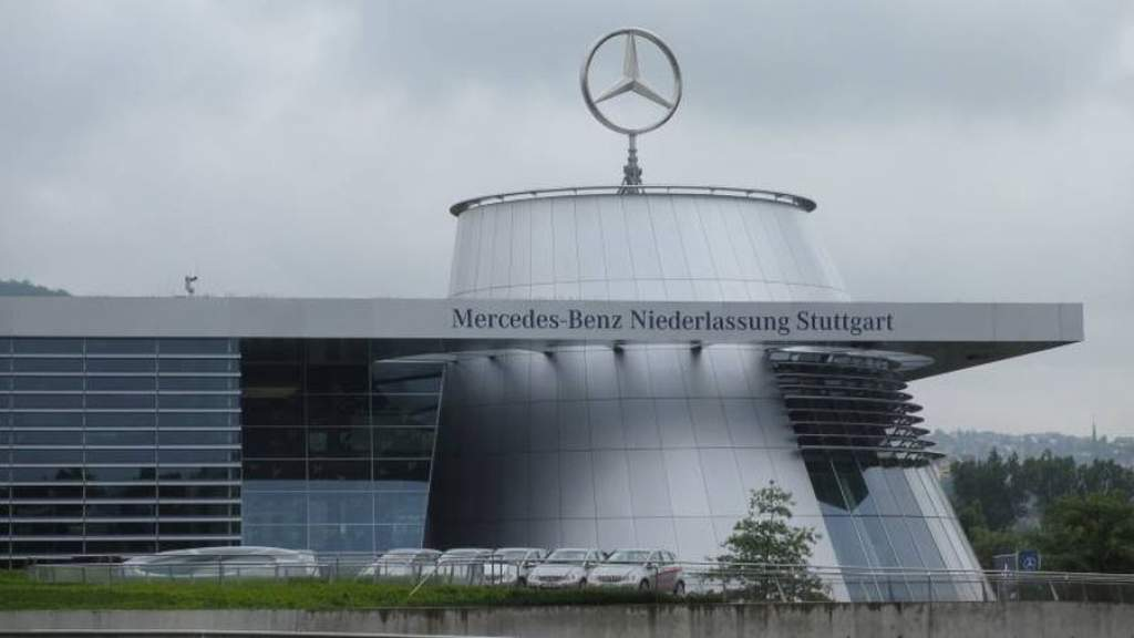 Óriási leépítésre készül a Daimler