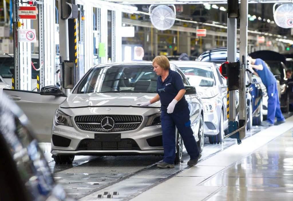 Veszteséget termeltek a Mercedes-gyárban
