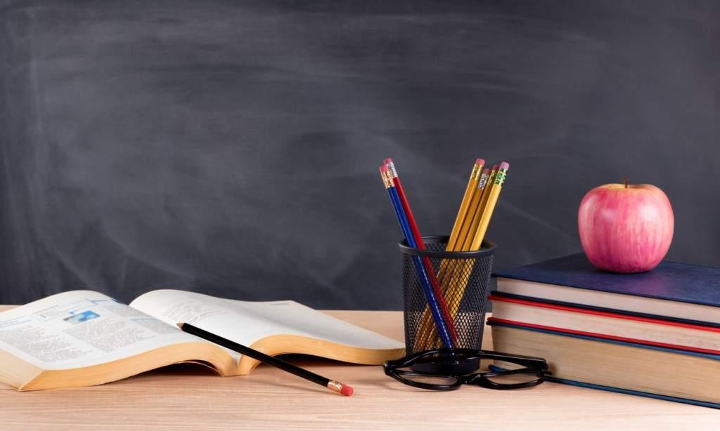 Megnyitották a tanévet a félegyházi középiskolák is