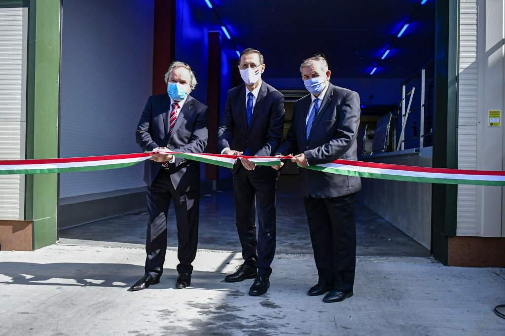 Új üzemcsarnokkal bővült az Integrál ÁFÉSZ Baromfifeldolgozó Üzeme