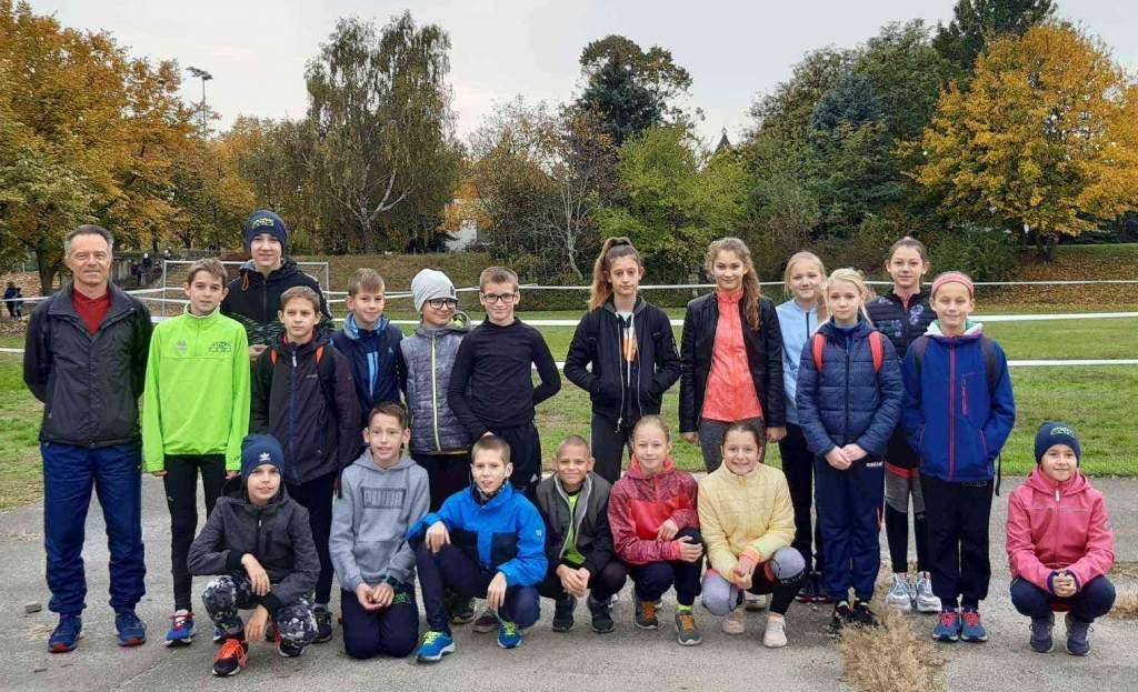 Joggingos sikerek a mezei futóversenyen