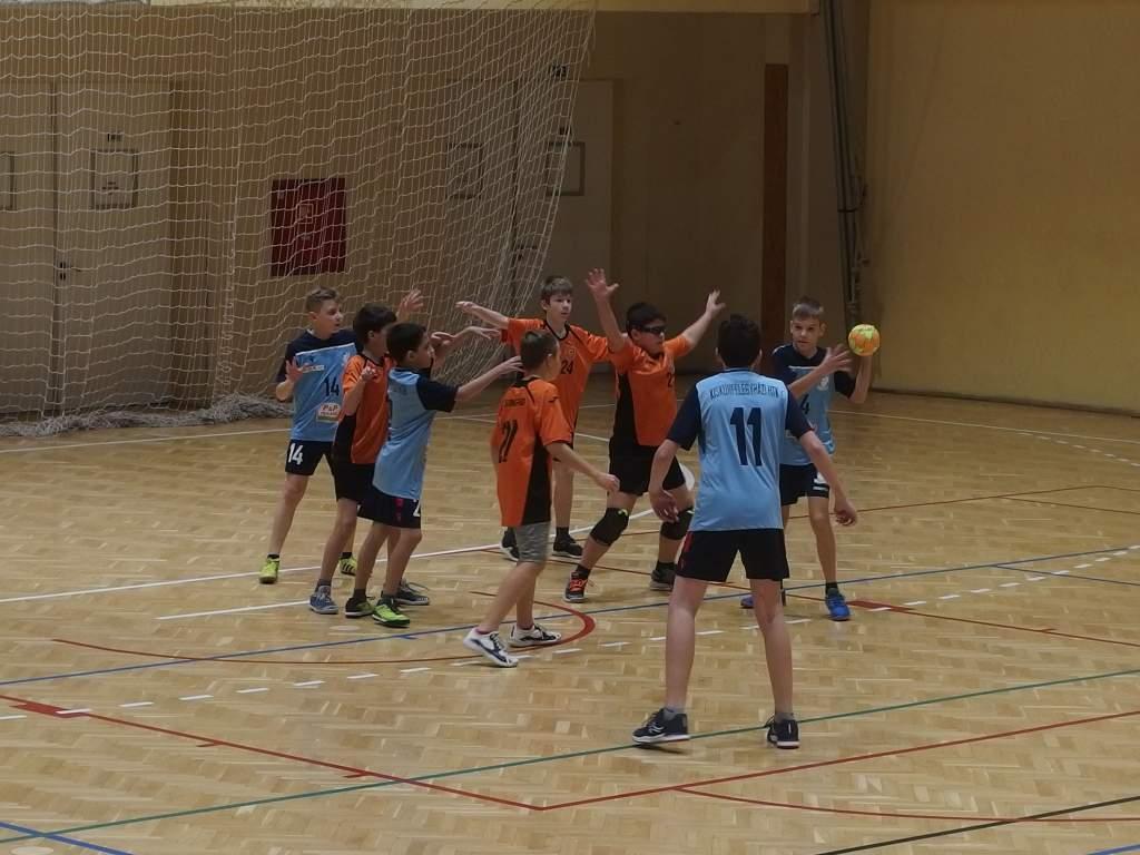 U12-es kézilabda fordulót játszottak Kiskunfélegyházán