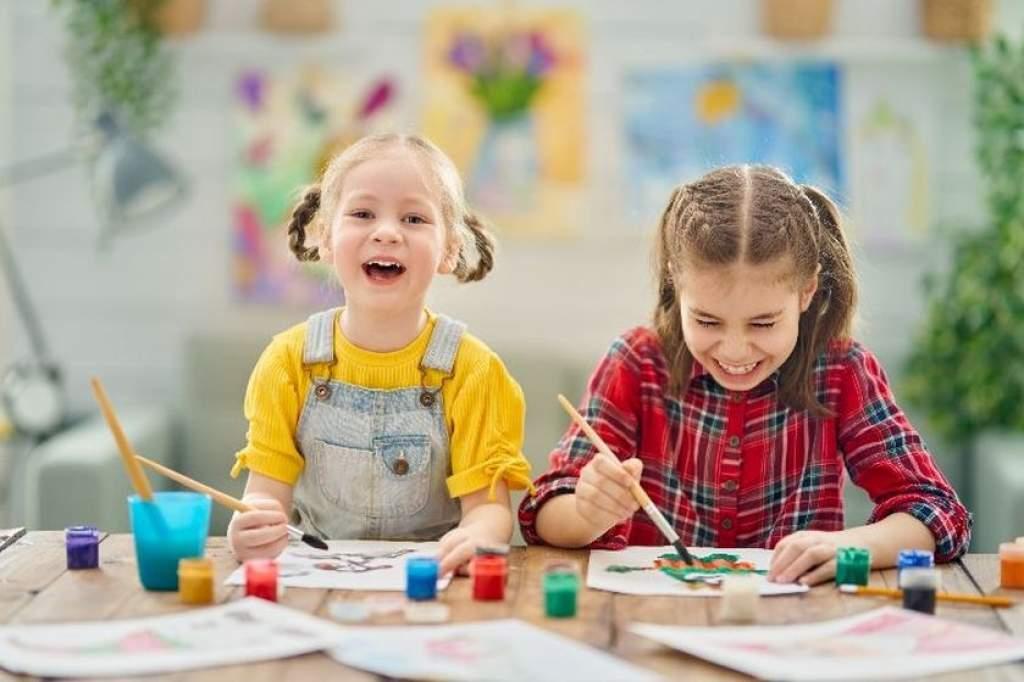 Életrevalók Tiszaalpáron: gyermeknevelési program órarendbe beépítve