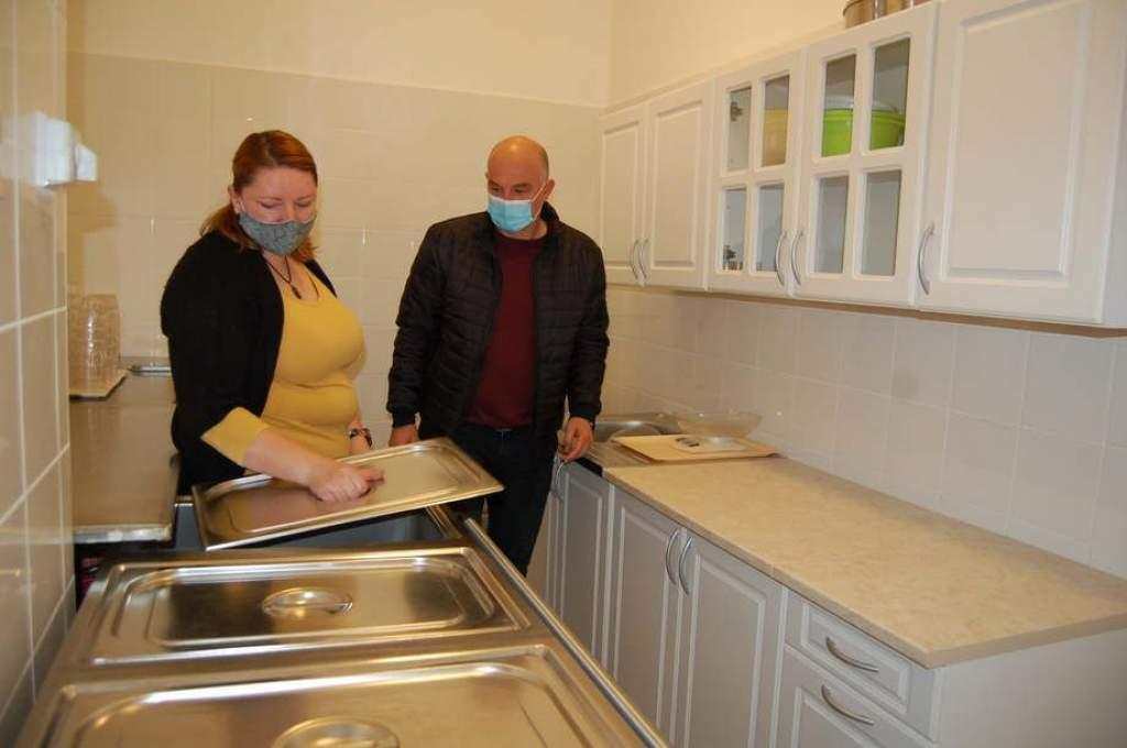 Négyhónapos leállás után újrakezdődött a főzés Bugacon