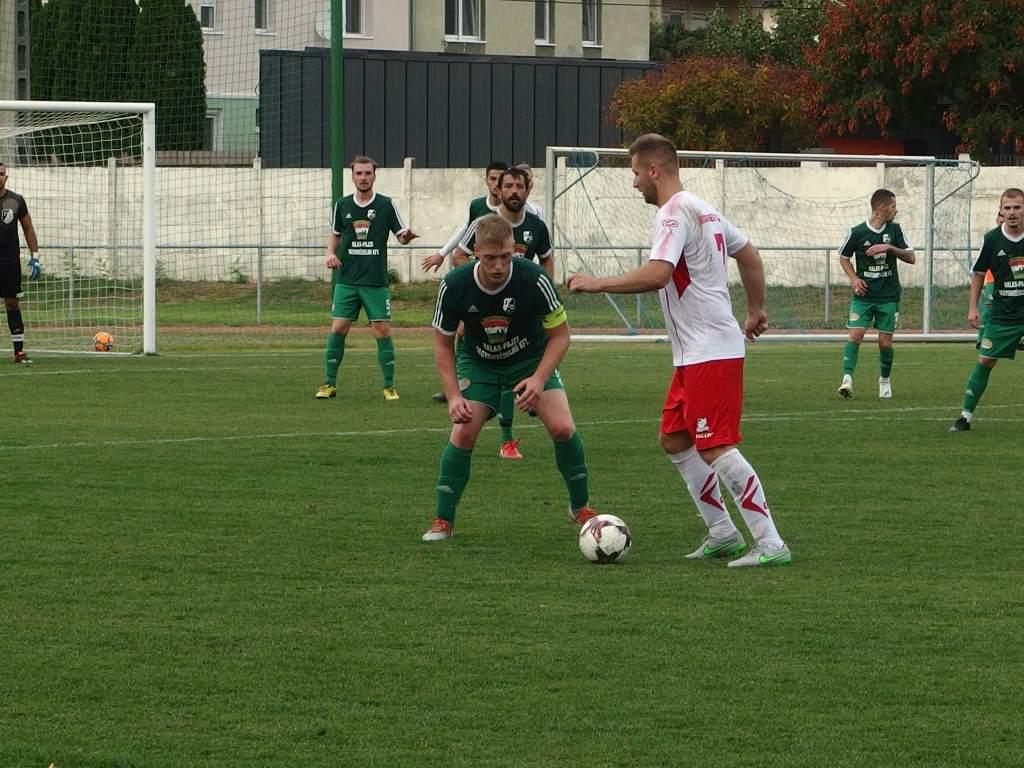 Első helyen KHTK focicsapata