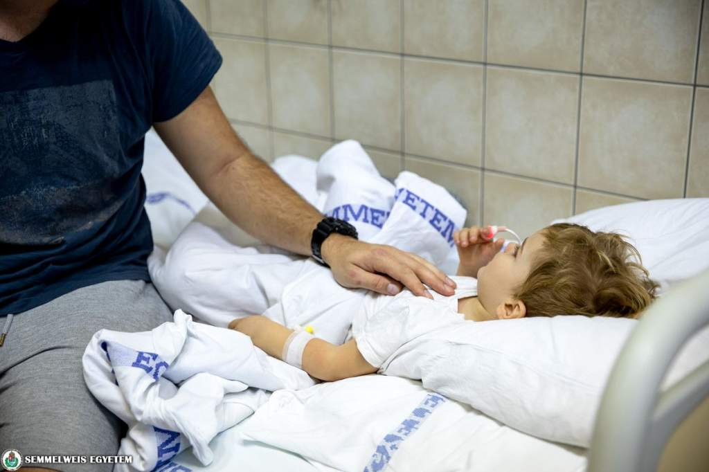 Többszervi gyulladást okozhat a gyermekeknél a Covid