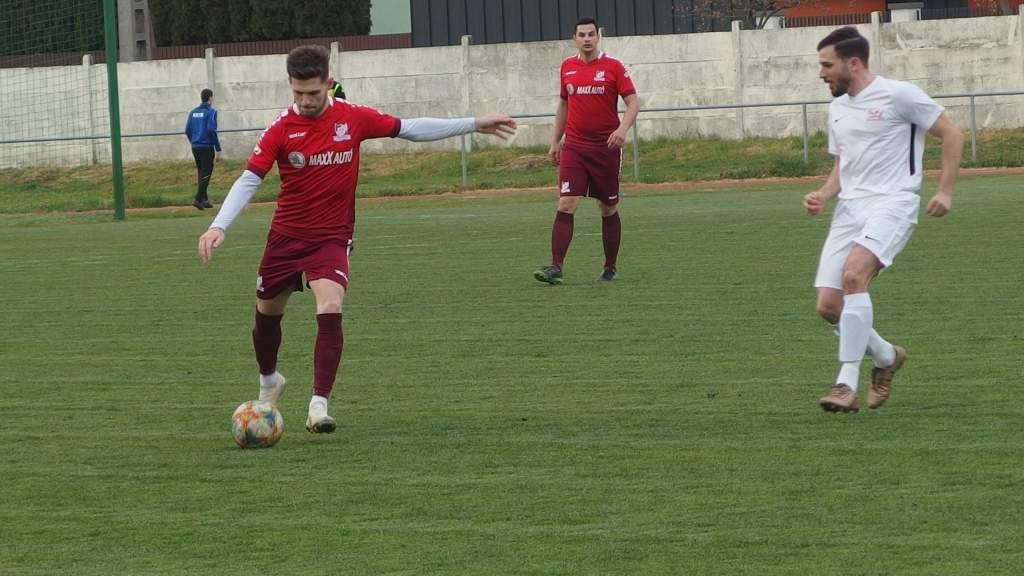 Négy góllal nyert a KHTK II.