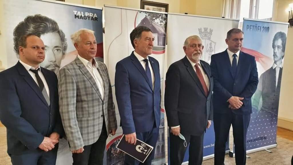 Talpra Magyar! – sajtótájékoztató Kiskőrösön a Petőfi Emlékévről