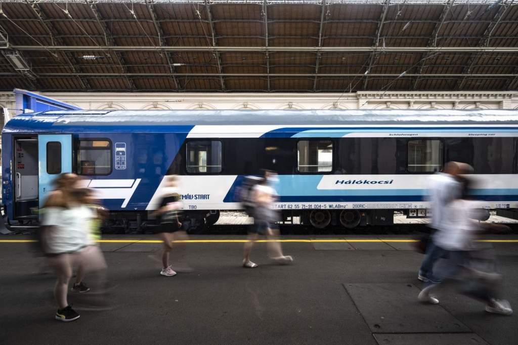 Július 2-án elindul az Adriára a MÁV éjszakai vonata