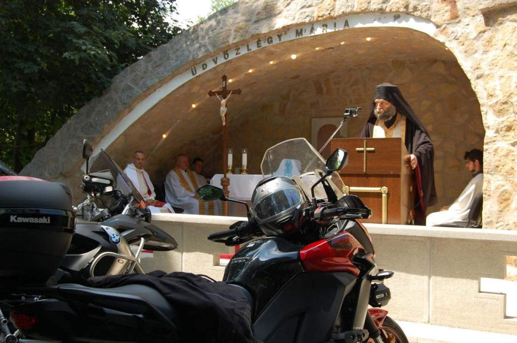 Keresztény motorosok találkoztak Pálosszentkúton