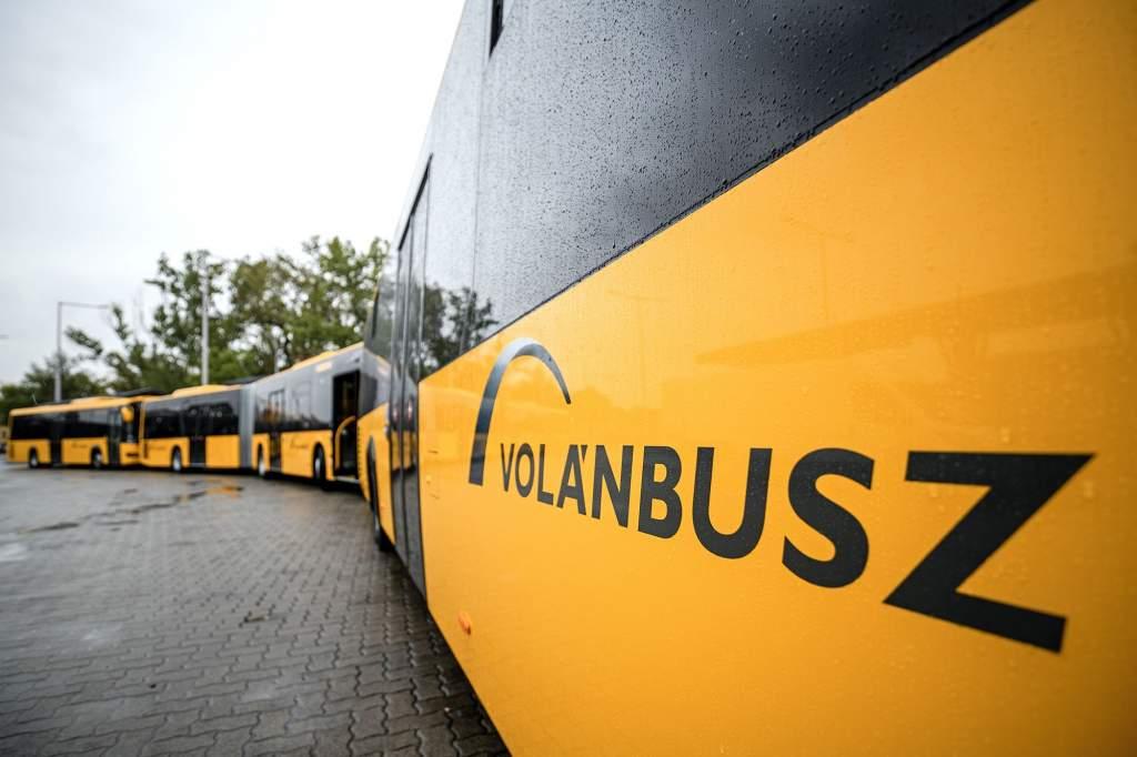 Új csuklós és szóló autóbuszok álltak forgalomba Bács-Kiskun megyében