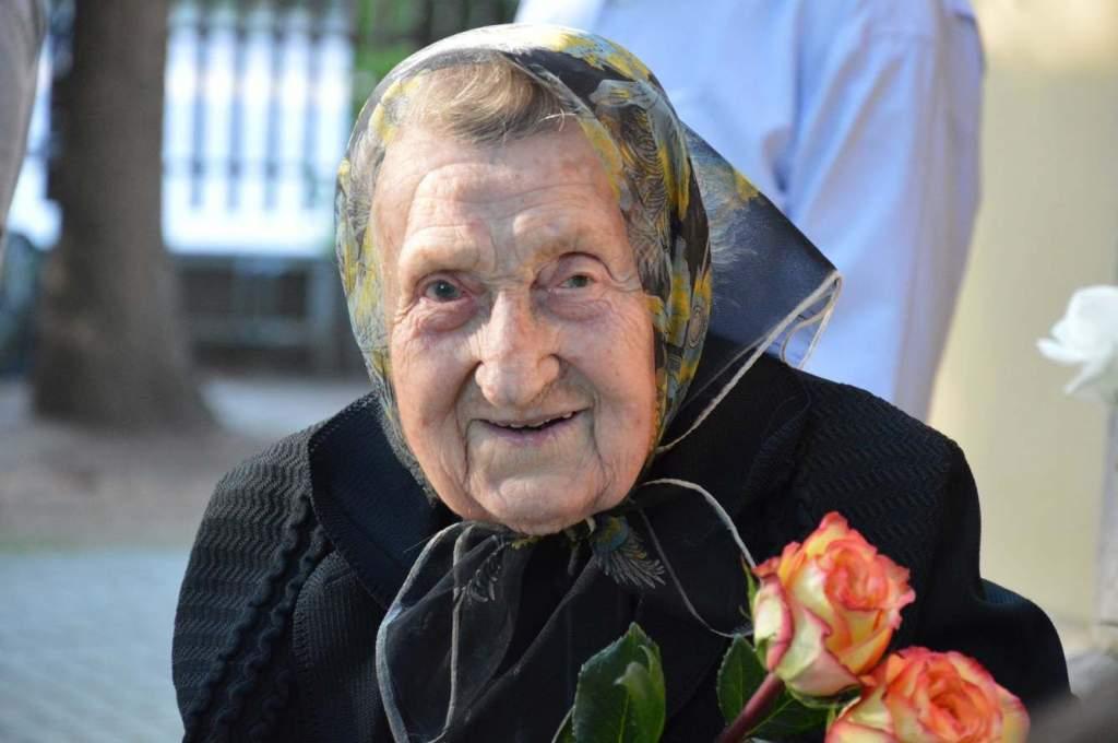 101 éves kunszállás legidősebb lakója