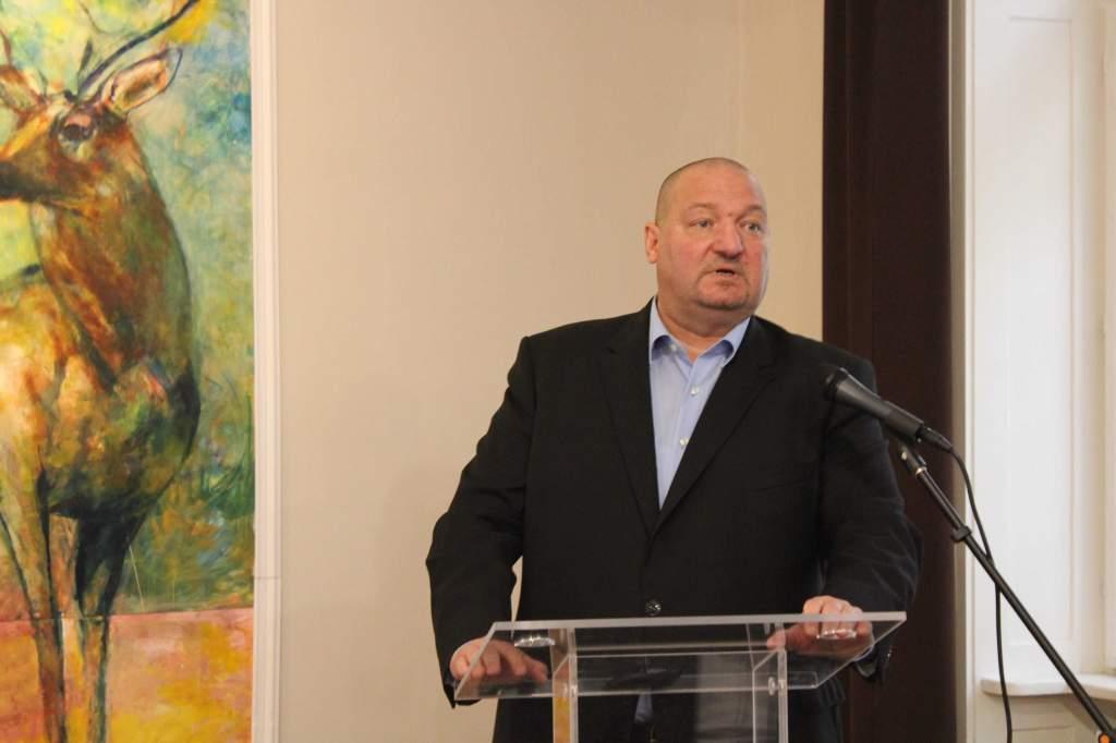 Országjáró fórumot tartott Félegyházán a honvédelmi miniszterhelyettes